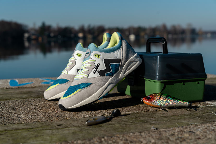 Karhu Catch of the Day Pack - Aria Bright White Ocean Depths (Mood 1)