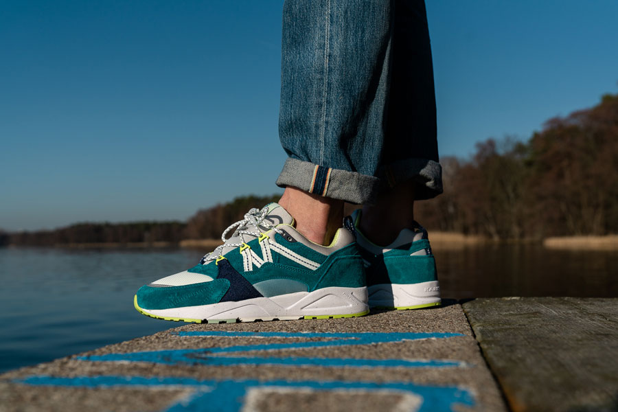 Karhu Catch of the Day Pack - Fusion 2.0 Ocean Depths Foggy Dew (Mood 2)