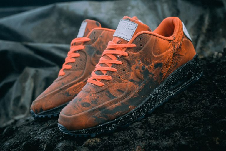 Nike Air Max 90 Mars Landing (CD0920-600) - Mood 1