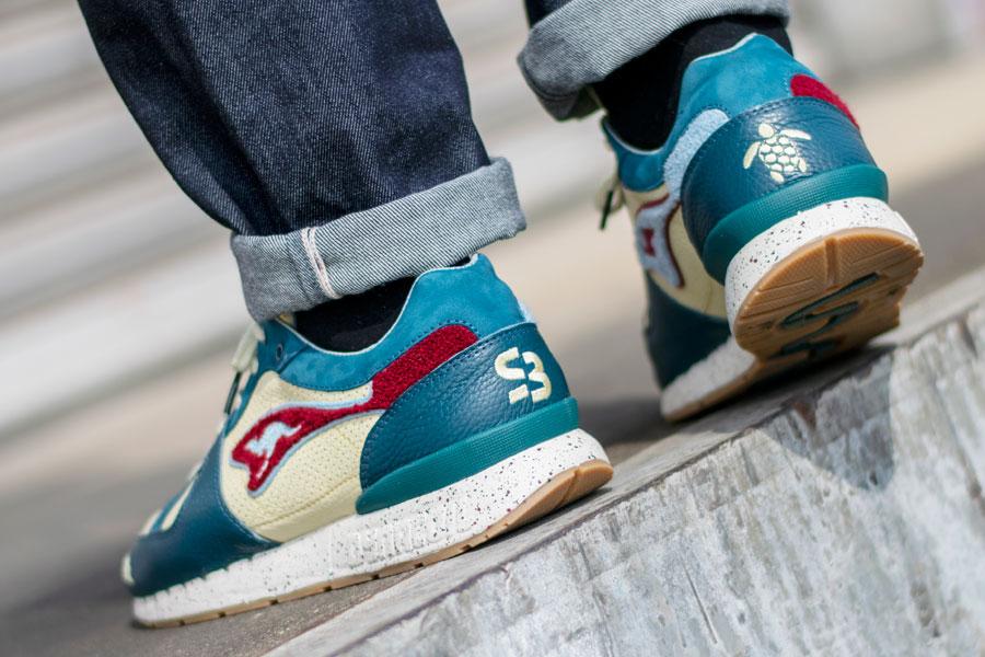 SneakerBAAS x KangaROOS COIL-R1 Windmill Pack - The Turtle (On feet 2)
