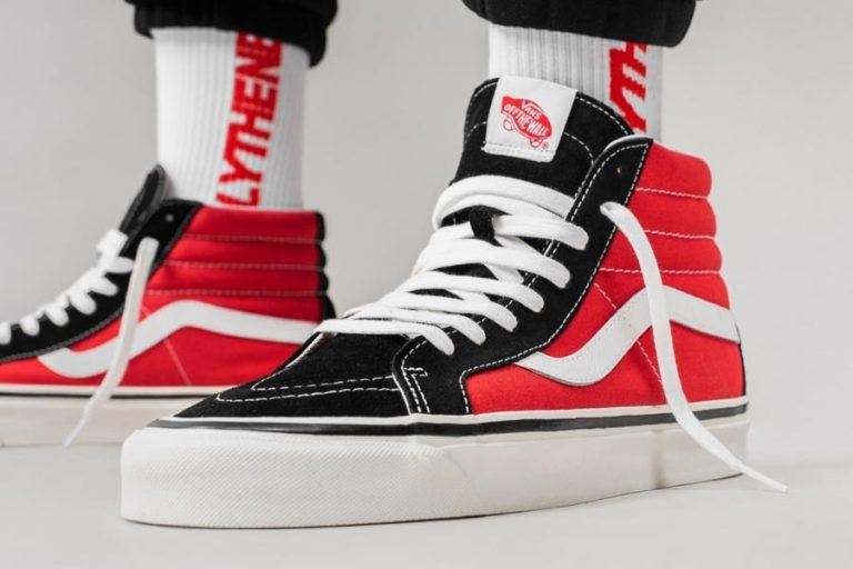 VANS Sk8-Hi 38 DX Anaheim Factory (OG Black / Red) - Mood 1