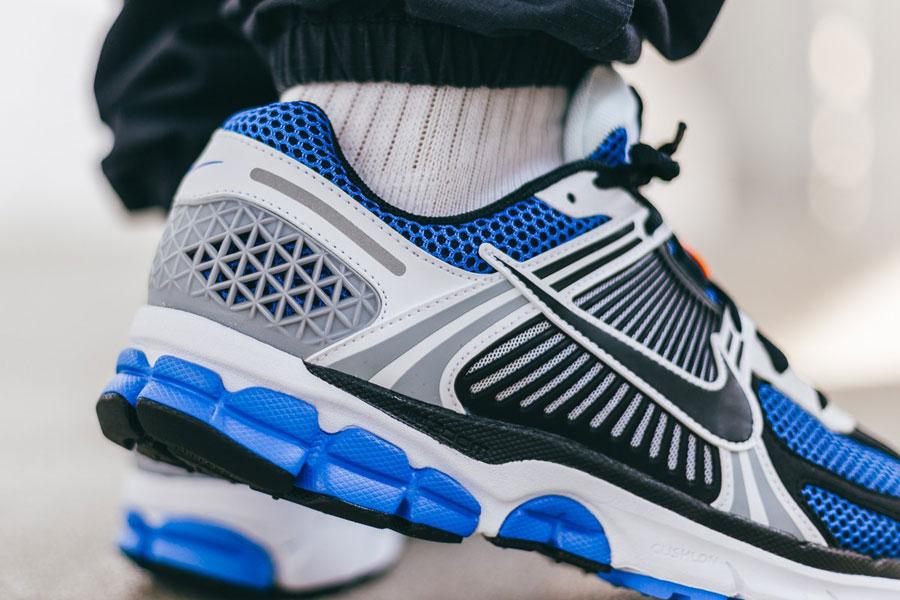 Nike Zoom Vomero 5 SE SP Racer Blue (CI1694-100) - Mood 2
