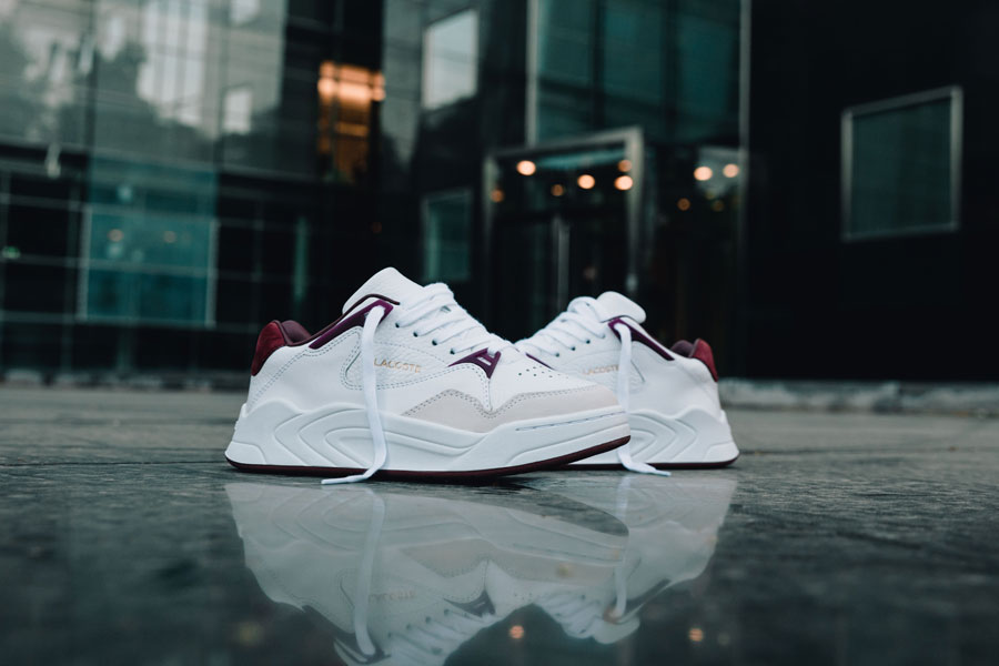 Lacoste COURTSLAM AW19 (White Dark Red) - Mood 1