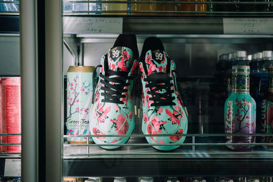 AriZona Iced Tea x adidas Originals - Continental 80 Green Tea (Mood 1)