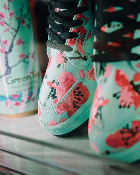 AriZona Iced Tea x adidas Originals - Continental 80 Green Tea (Mood 3)