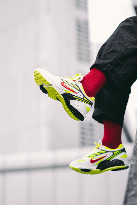 Nike Air Ghost Racer Neon Yellow (AT5410-100) - Mood 2
