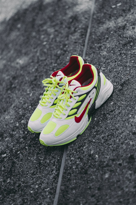 Nike Air Ghost Racer Neon Yellow (AT5410-100) - Mood 5
