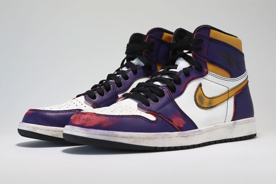 "The Air Jordan 1 ""LA to Chicago"" Releases Again"
