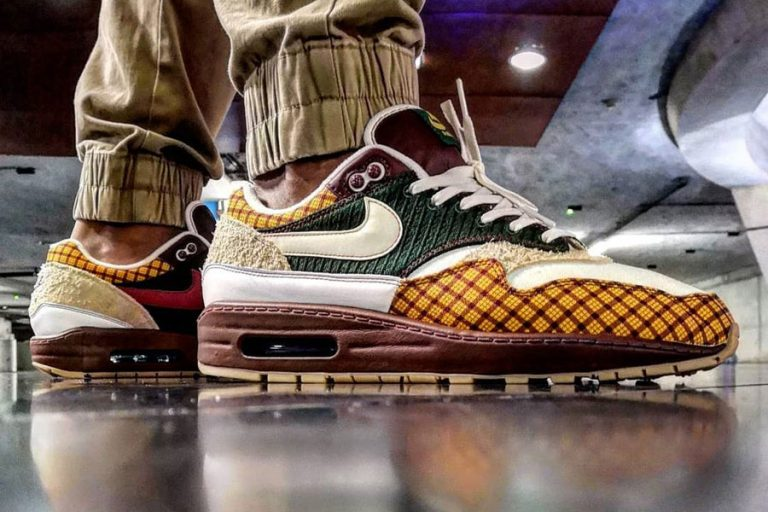 Best of sneakersmag - Laika x Nike Air Max Susan Missing Link