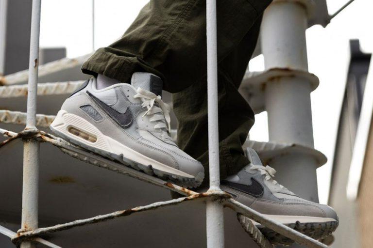The Basement x Nike Air Max 90 London - Mood 1
