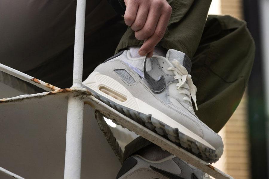 The Basement x Nike Air Max 90 London - Mood 2