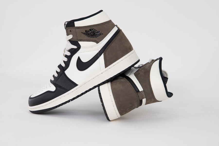 Air Jordan 1 High Retro Dark Mocha - 2
